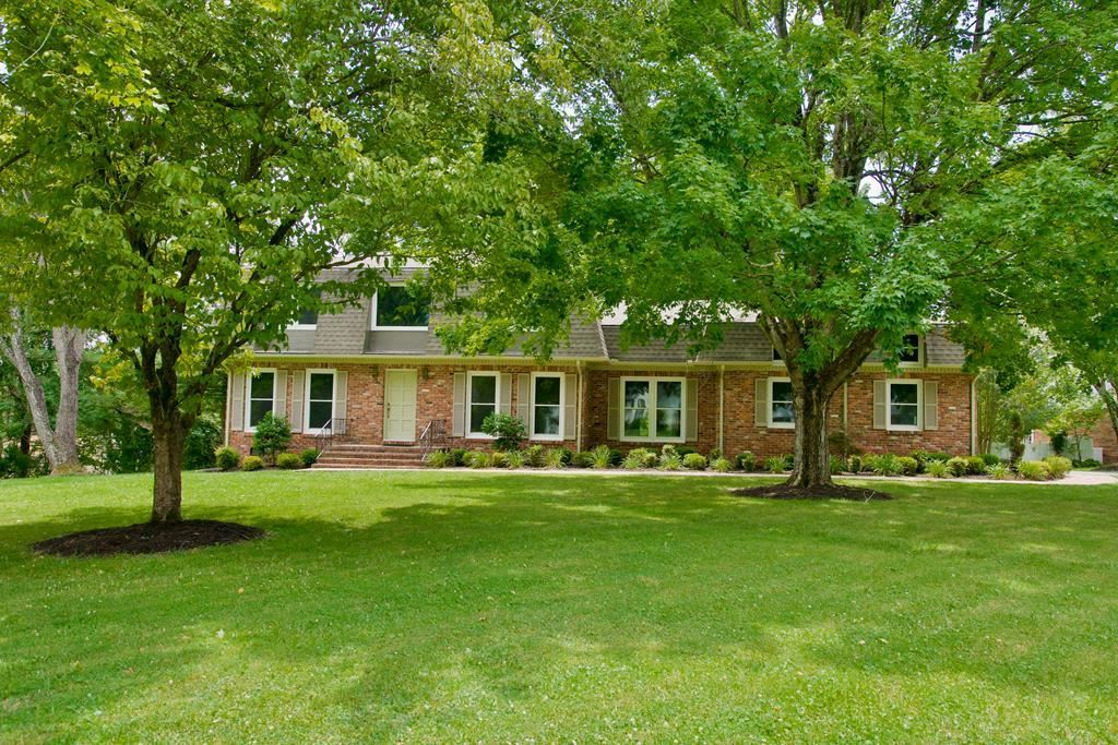 Photo of 579 Pleasant Hill, COOKEVILLE, TN 38501 (MLS # 205575)