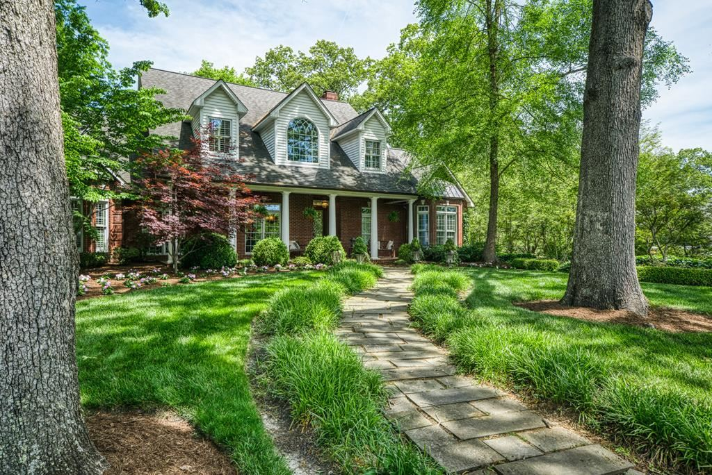 Photo of 602 Terrace Hill Rd, COOKEVILLE, TN 38501 (MLS # 204612)