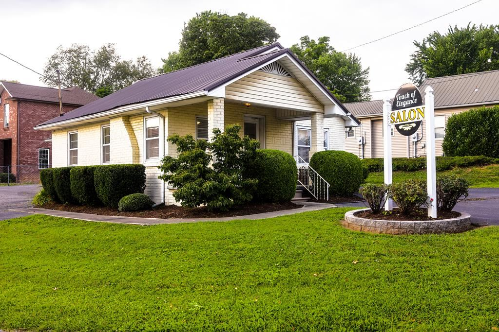 Photo of 353 Foutch Drive, COOKEVILLE, TN 38501 (MLS # 206697)