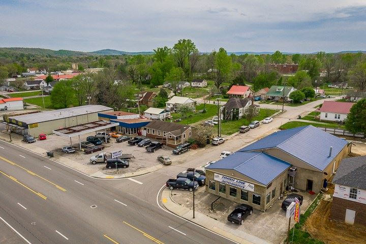 Photo of 387 W Bockman Way, SPARTA, TN 38583 (MLS # 203781)