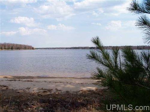 Photo of 26727 E Grosse Point Shores, Dollar Bay, MI 49922 (MLS # 1126114)