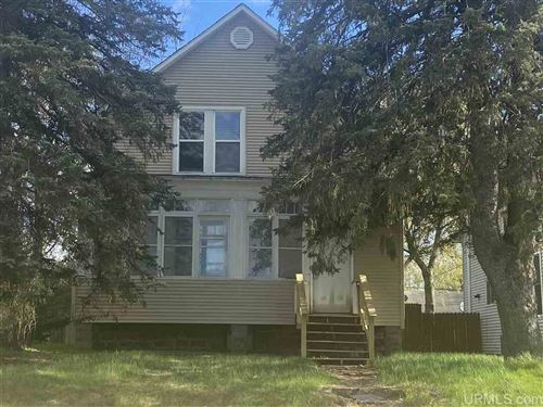 Photo of 401 W D, Iron Mountain, MI 49801 (MLS # 1125186)