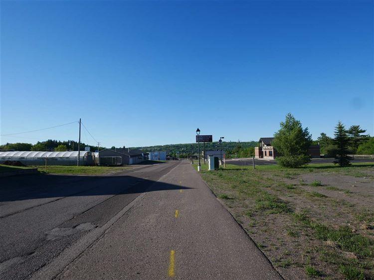 Photo of 1291 Ridge, Houghton, MI 49931 (MLS # 1102217)