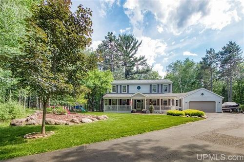 Photo of 1003 Wickman, Iron Mountain, MI 49801 (MLS # 1121381)