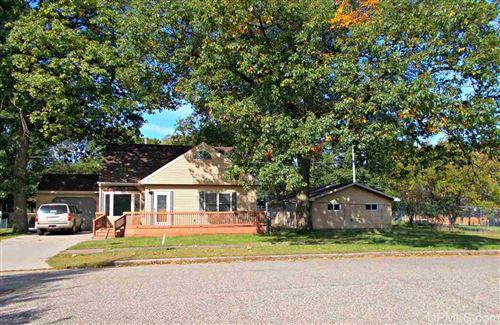 Photo of 537 Bluff, Kingsford, MI 49802 (MLS # 1123452)
