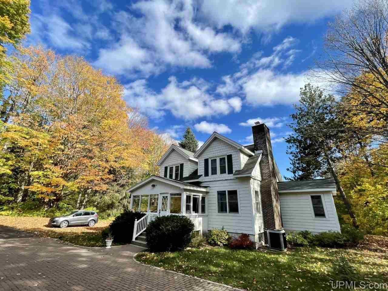 Photo of 51780 Canal, Houghton, MI 49931-9796 (MLS # 1130477)