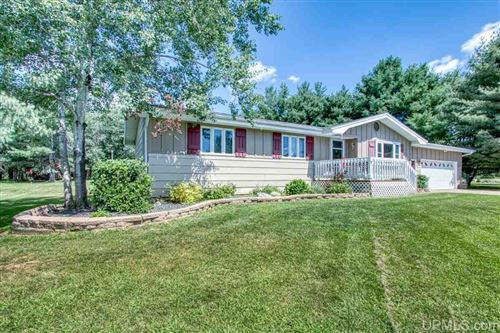 Photo of W8124 Sunset, Iron Mountain, MI 49801 (MLS # 1122525)