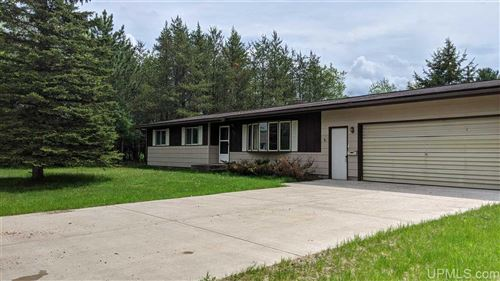 Photo of 920 Colleen Circle, Quinnesec, MI 49876 (MLS # 1119845)