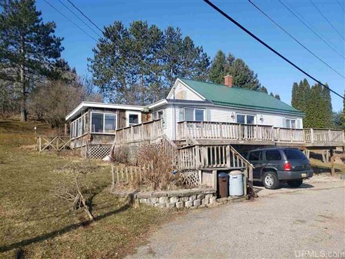 Photo of N2299 Pearney, Norway, MI 49870 (MLS # 1125889)