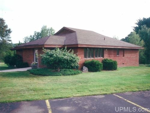 Photo of 1001 S Hemlock, Iron Mountain, MI 49801 (MLS # 1120911)