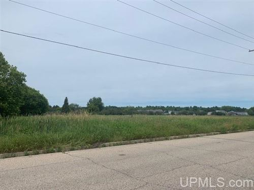 Photo of TBD S 30th, Escanaba, MI 49829 (MLS # 1125920)