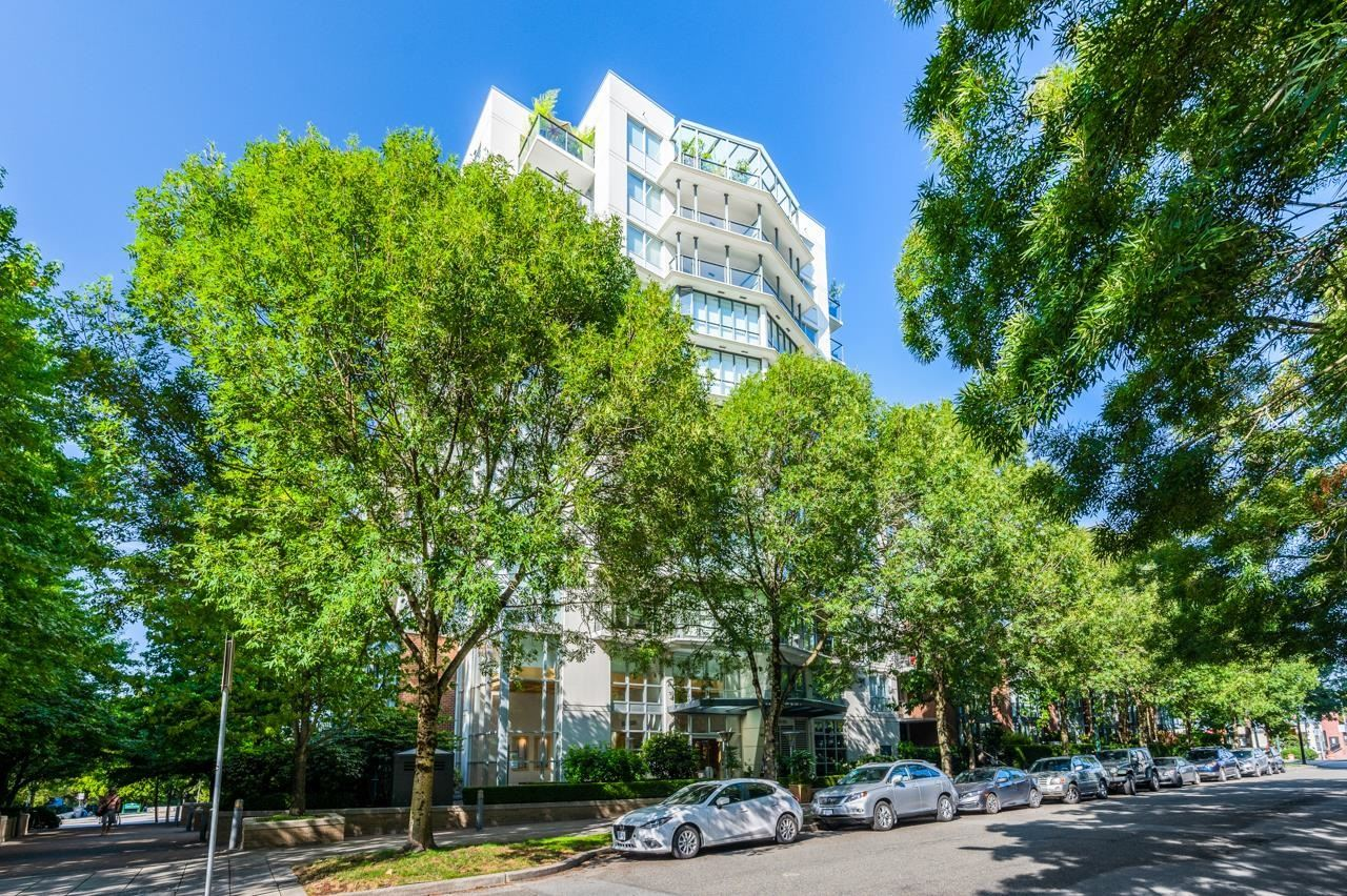 Photo for 405 1425 W 6TH AVENUE, Vancouver, BC V6H 4G5 (MLS # R2611167)