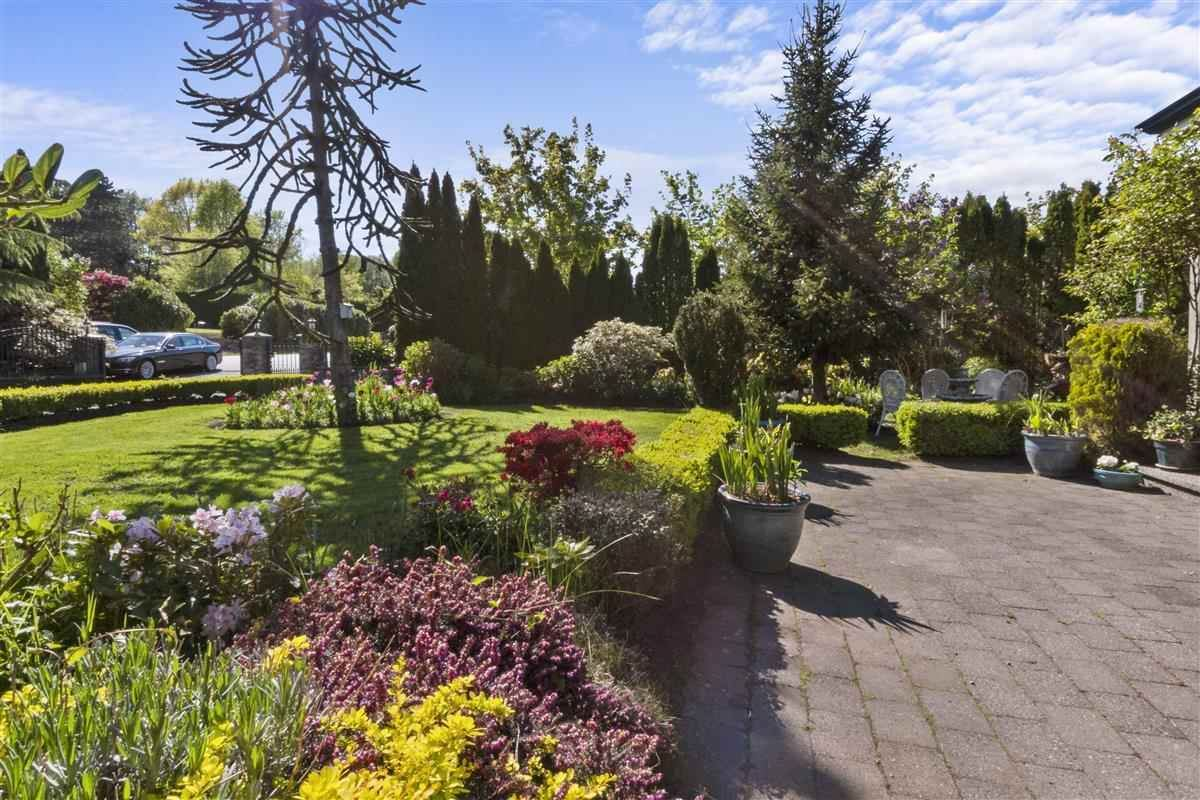 Photo of 17535 HILLVIEW PLACE, Surrey, BC V3S 0C3 (MLS # R2575430)