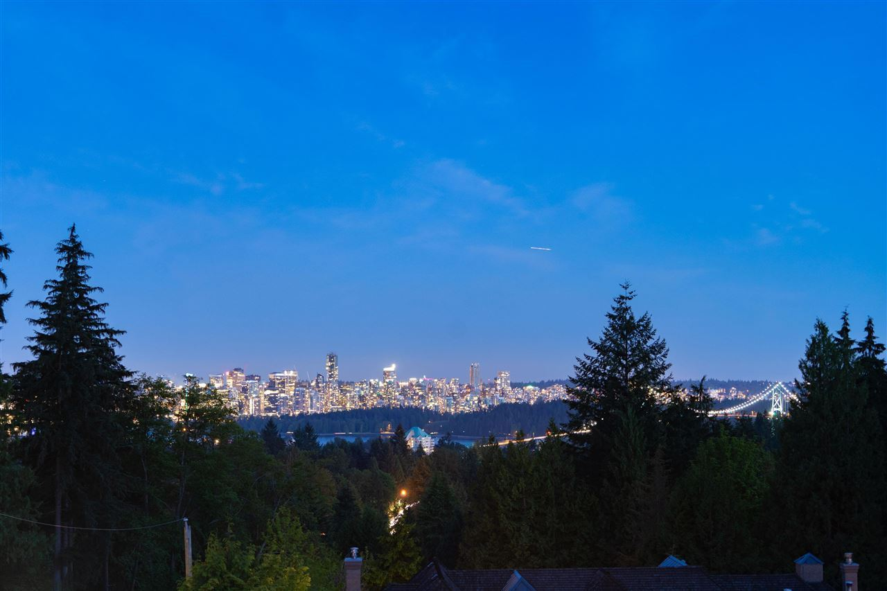 Photo of 705 PARKSIDE ROAD, West Vancouver, BC V7S 1P4 (MLS # R2591438)