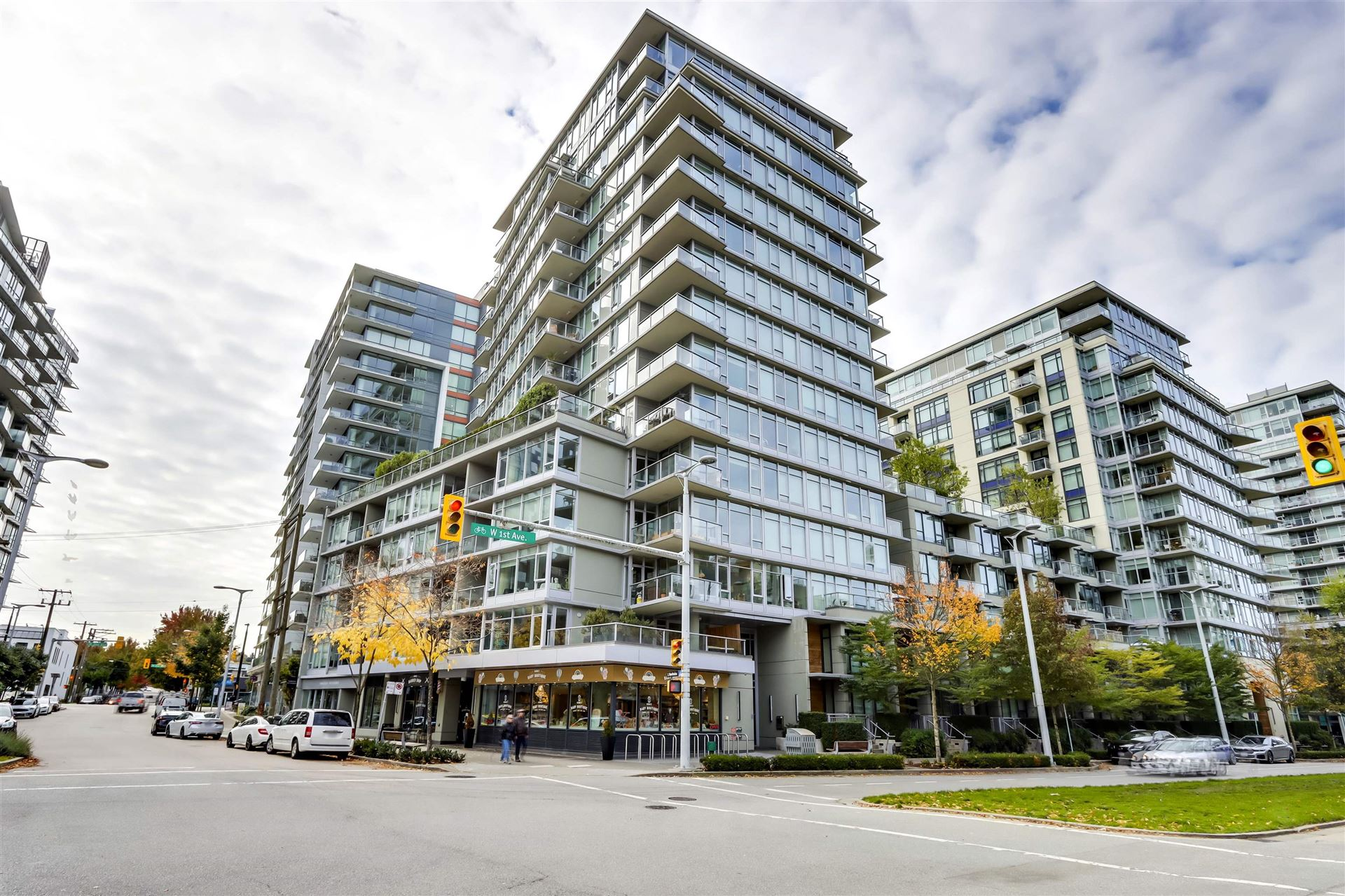 Photo for 806 108 W 1ST AVENUE, Vancouver, BC V5Y 0H4 (MLS # R2625628)