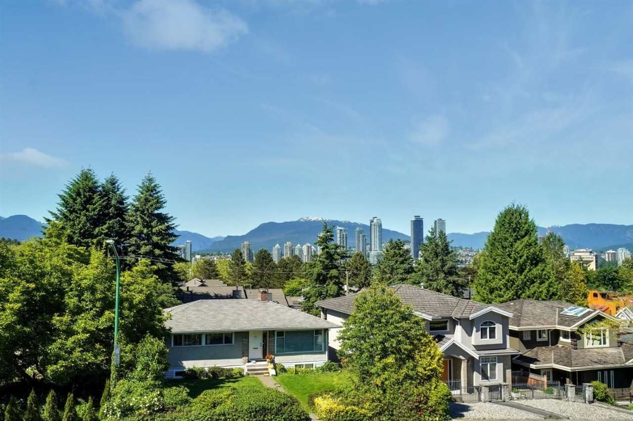Photo of 4040 CURLE AVENUE, Burnaby, BC V5G 2Z3 (MLS # R2590634)