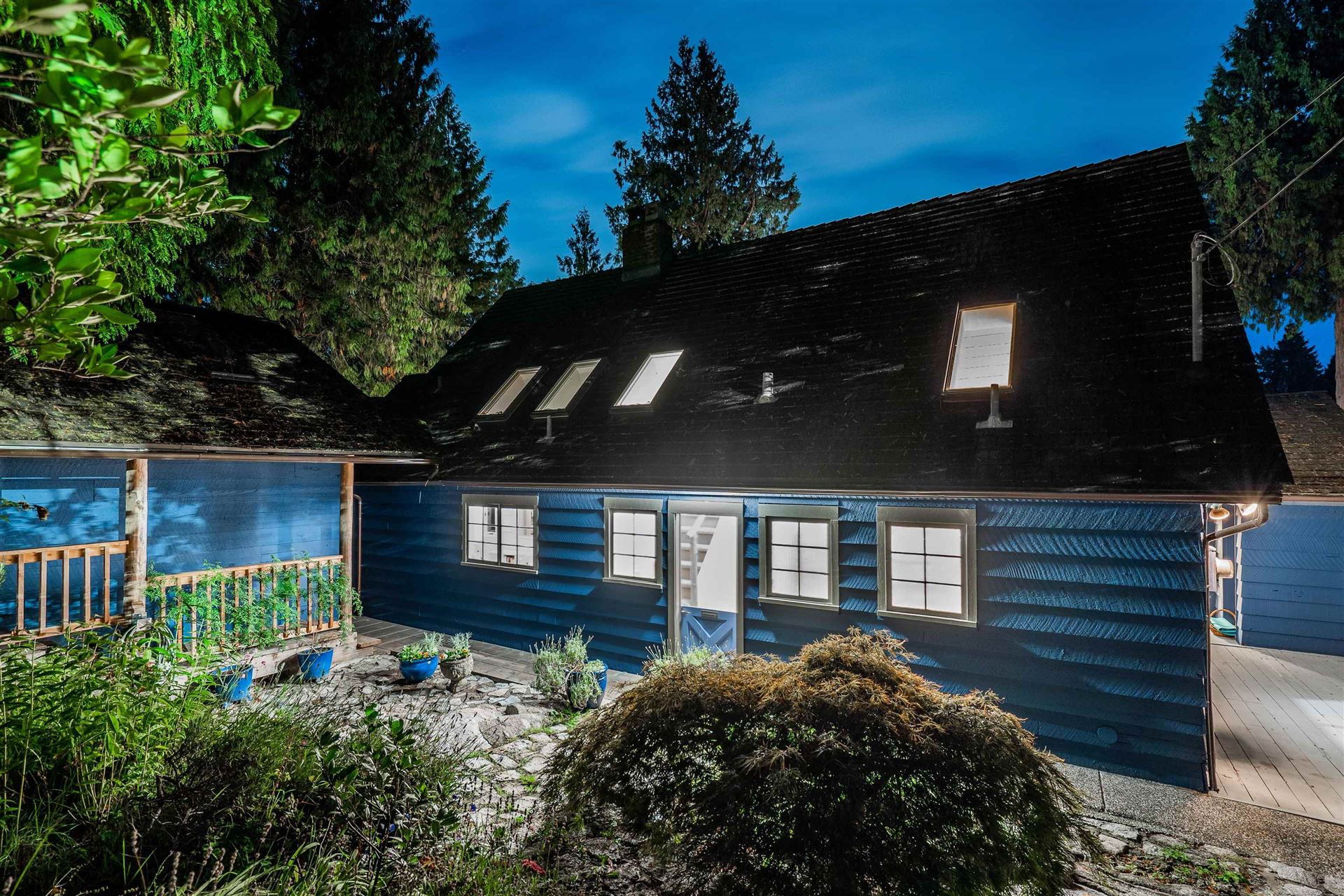 Photo of 4726 MARINE DRIVE, West Vancouver, BC V7W 2P2 (MLS # R2619759)