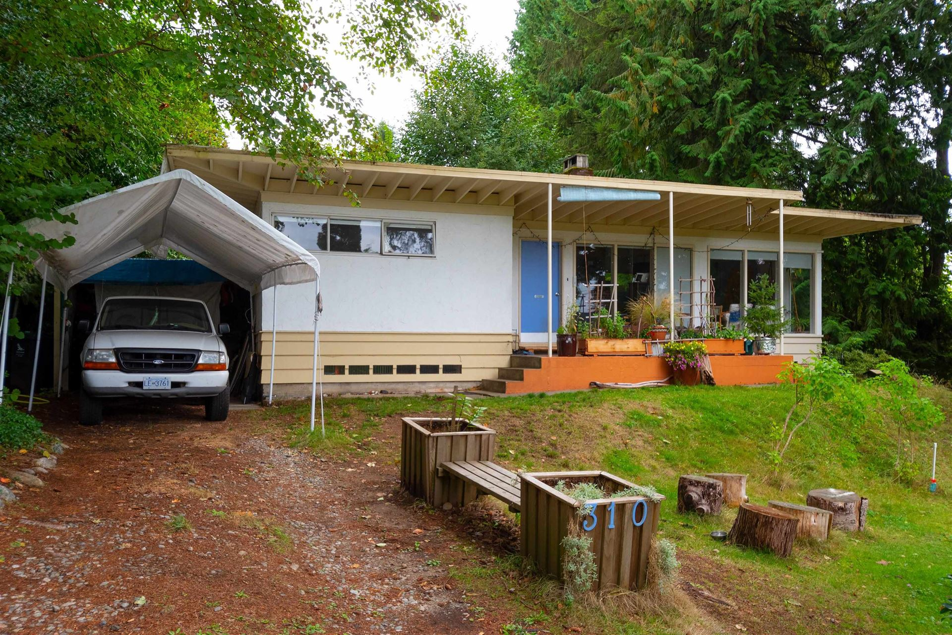 Photo of 310 E QUEENS ROAD, North Vancouver, BC V7N 1G8 (MLS # R2619851)