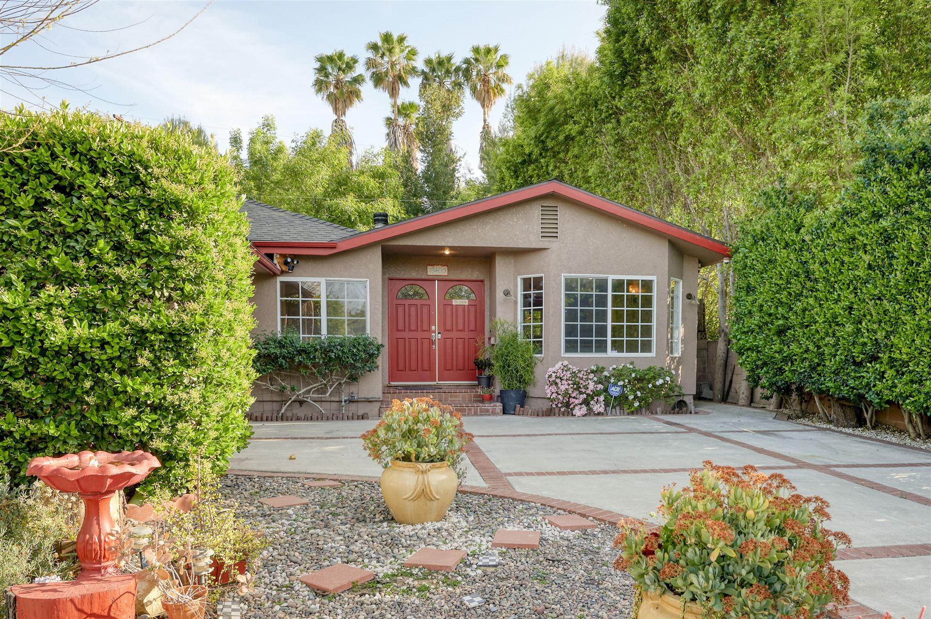 18400 Bessemer Street, Tarzana, CA 91335 - MLS#: 221001702