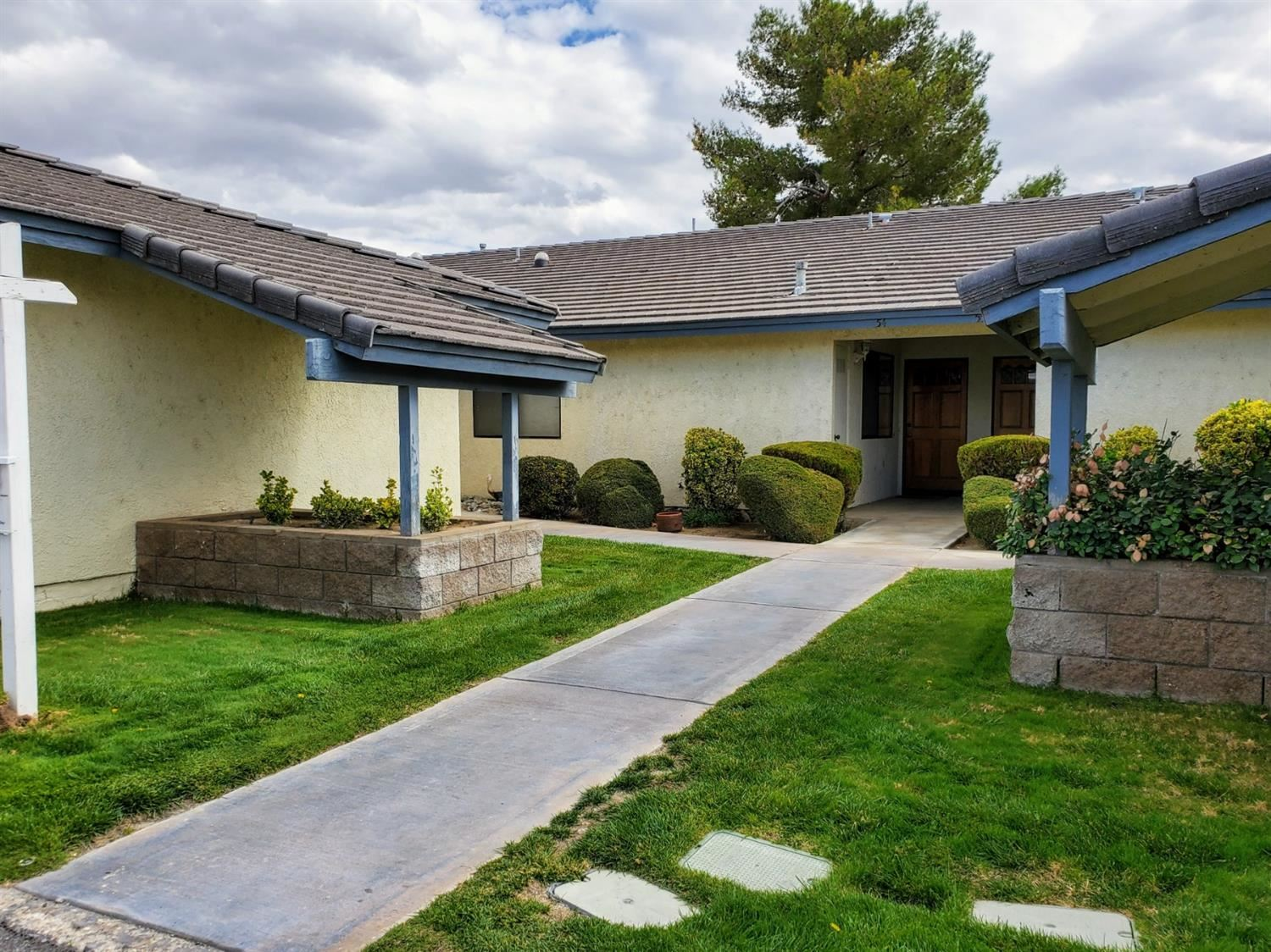 27535 Lakeview Drive, Helendale, CA 92342 - #: 523006