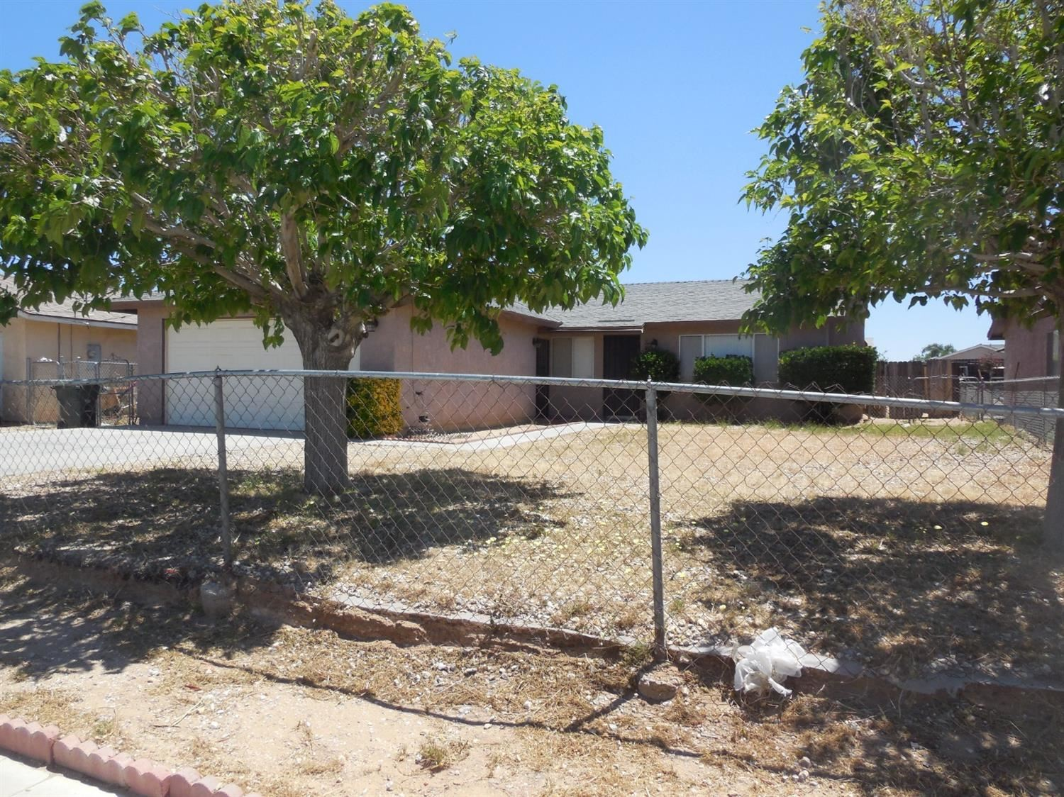 10907 Bartlett Avenue, Adelanto, CA 92301 - MLS#: 524564
