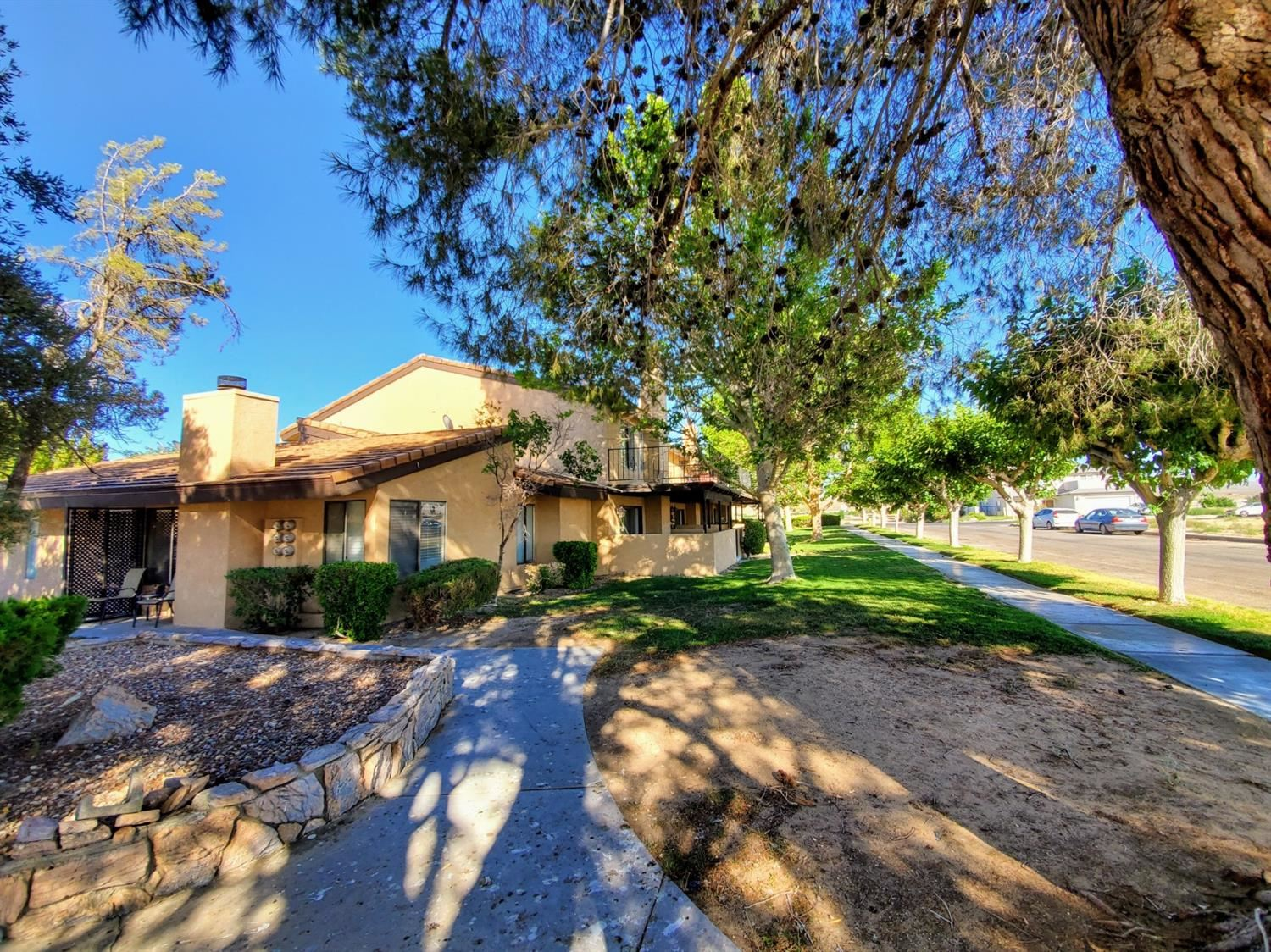 14736 Chaparral #6 Lane, Helendale, CA 92342 - #: 525875