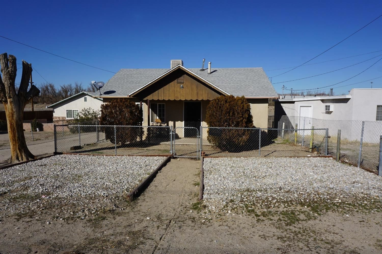 1311 Santa Fe Drive, Barstow, CA 92311 - MLS#: 520953