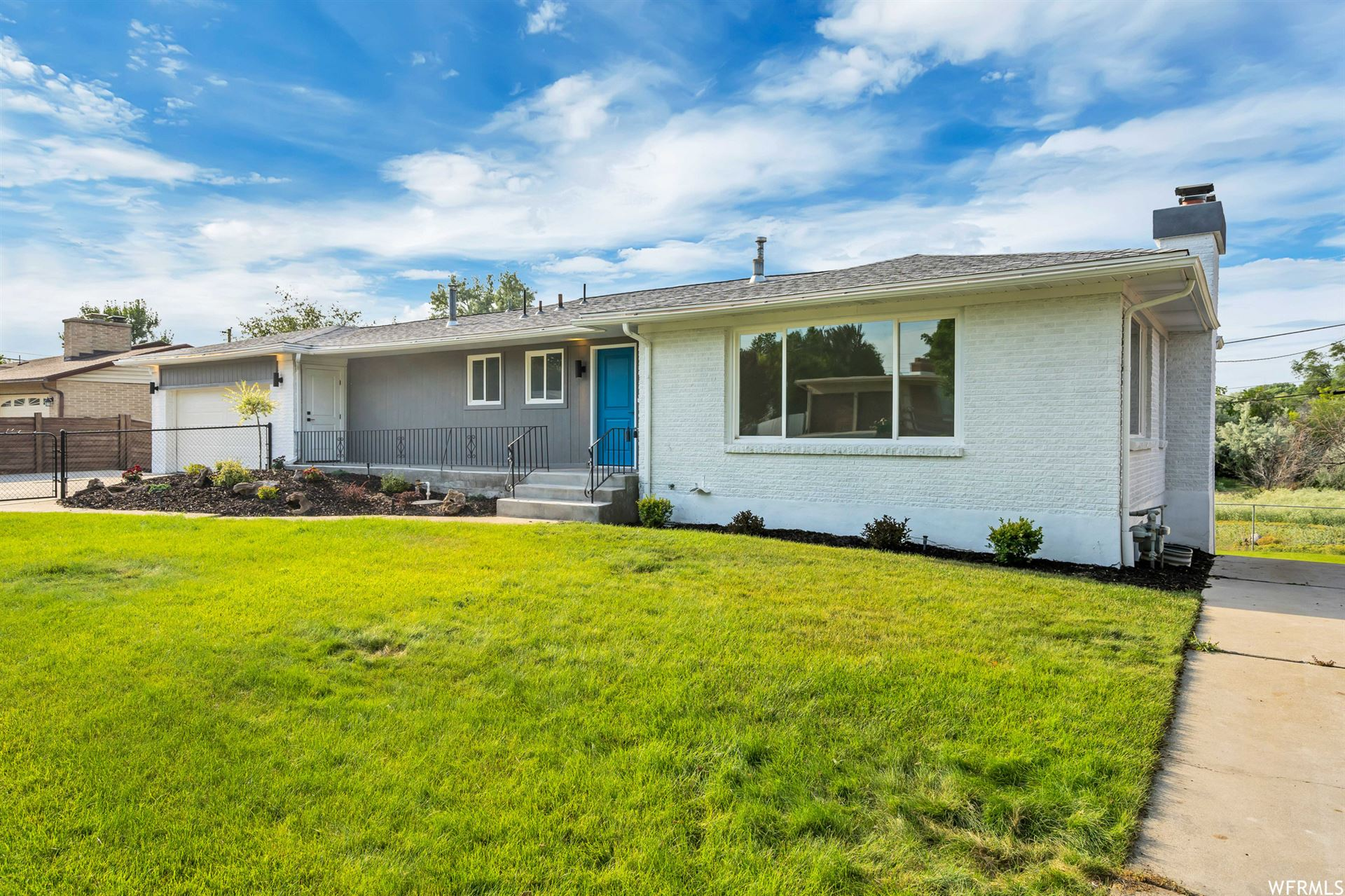 Photo of 1017 E PERRYWILL AVE, Salt Lake City, UT 84124 (MLS # 1750008)