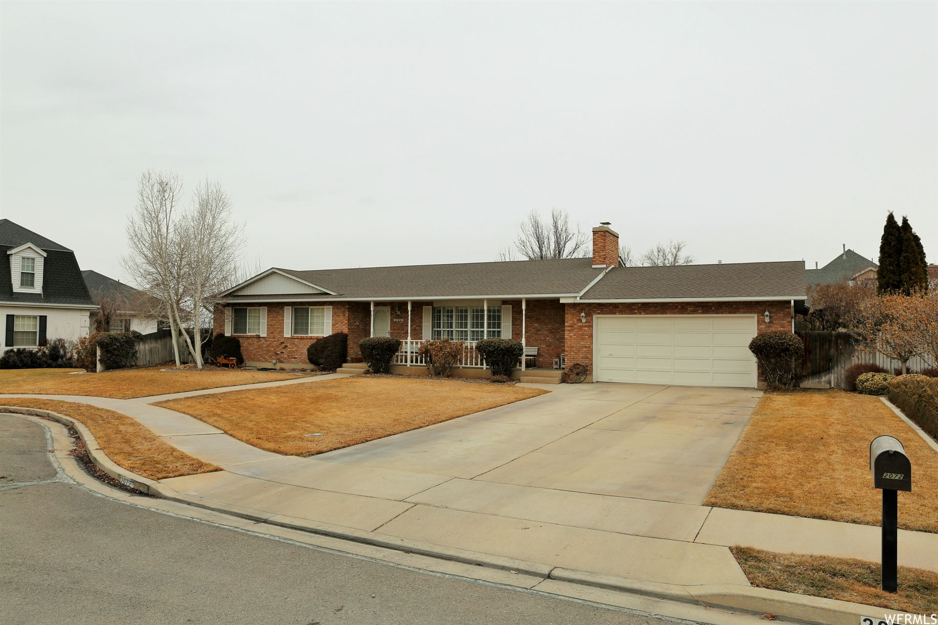 Photo of 2072 W LAKEVIEW DR, Provo, UT 84604 (MLS # 1724012)