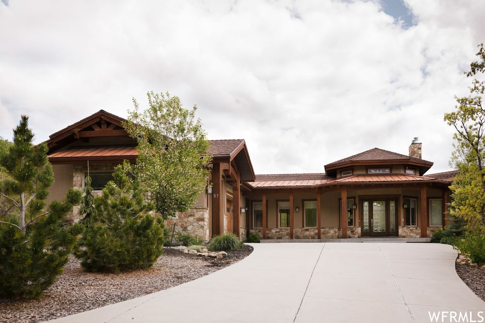 Photo of 57 MEADOW N DR, Springville, UT 84663 (MLS # 1714020)