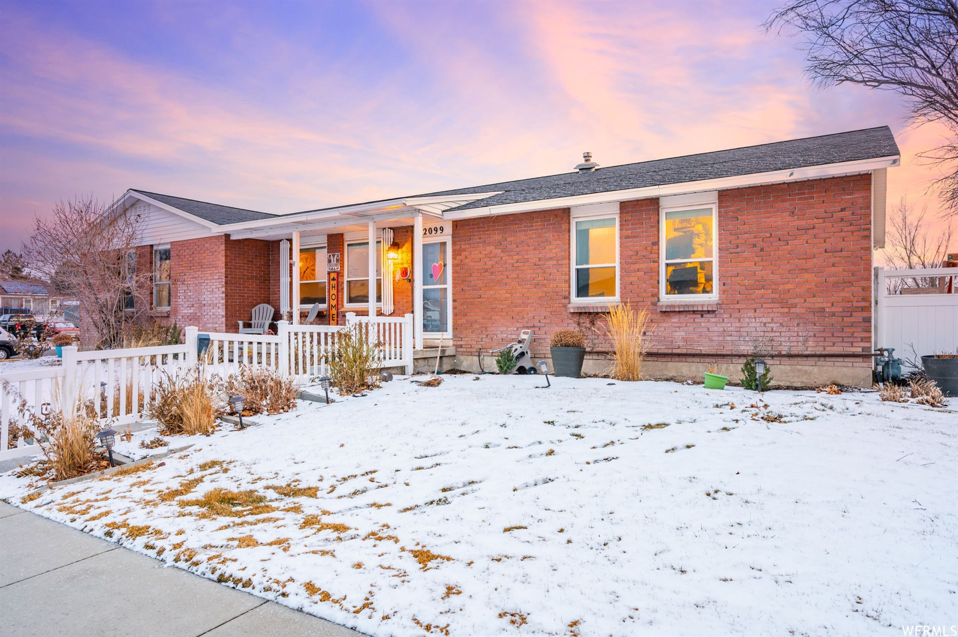 Photo of 2099 W CARRIAGE S AVE, Riverton, UT 84065 (MLS # 1722078)