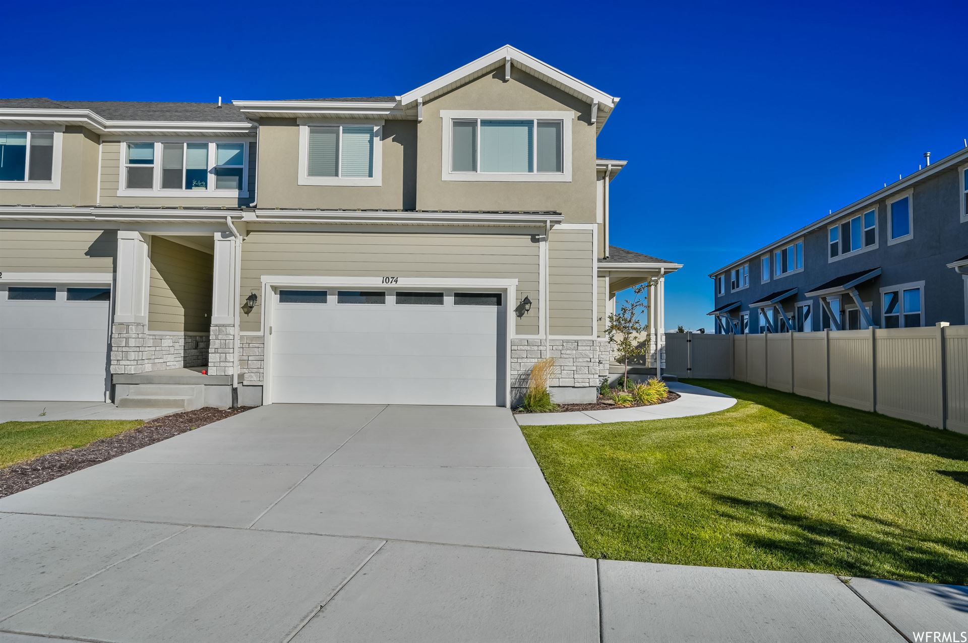Photo of 1074 W CHIMNEY PASS DR, Bluffdale, UT 84065 (MLS # 1775097)