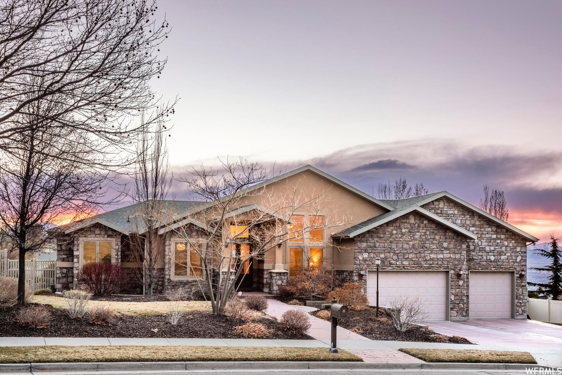 Photo of 14786 S PRISTINE DR, Draper, UT 84020 (MLS # 1732098)