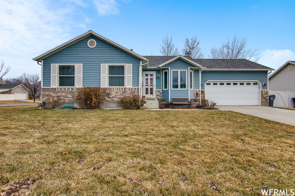 Photo of 496 N 680 W, American Fork, UT 84003 (MLS # 1724106)