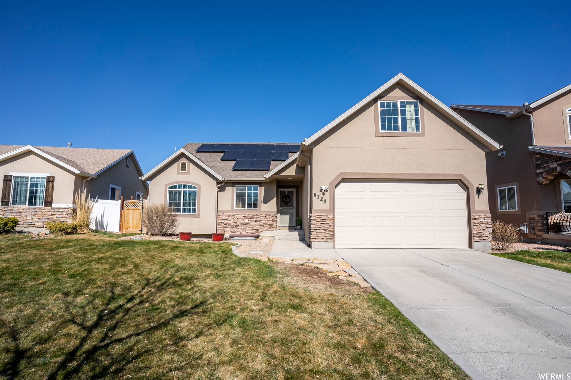Photo of 8328 N ROYAL ABERDEEN E RD, Eagle Mountain, UT 84005 (MLS # 1732136)