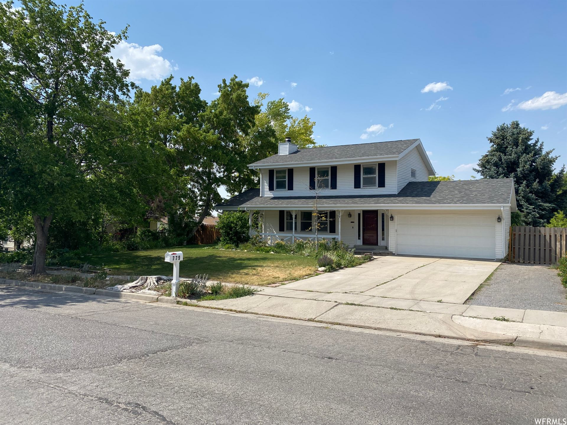 Photo of 779 CLIFFORD DR, Tooele, UT 84074 (MLS # 1749139)