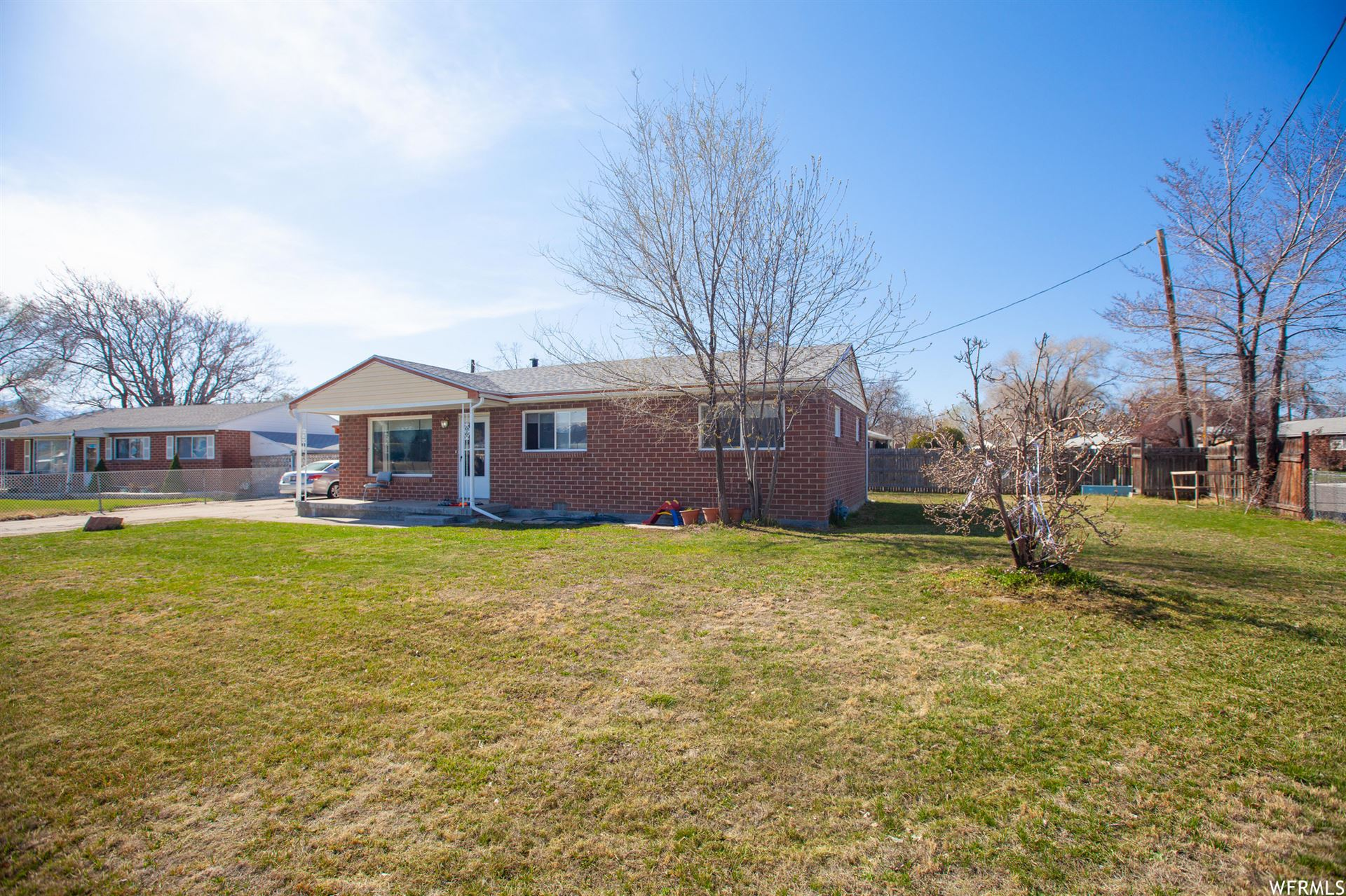 Photo of 1557 W 2250 S, Salt Lake City, UT 84119 (MLS # 1734148)
