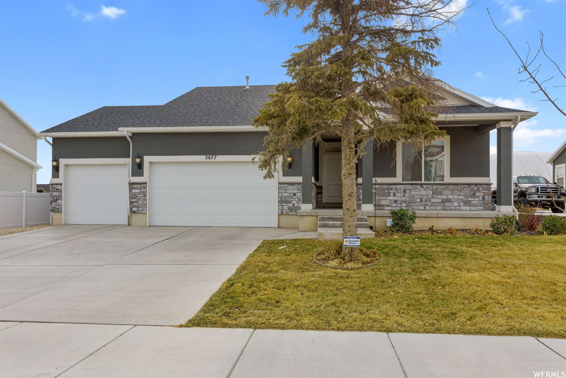 Photo of 3677 W CREEK MEADOW S RD, Riverton, UT 84065 (MLS # 1725156)