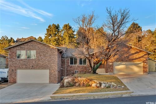 Photo of 3127 E BELL CANYON RD S RD, Sandy, UT 84092 (MLS # 1716158)
