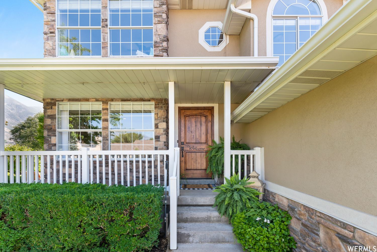 Photo of 4721 W COUNTRY CLUB DR, Highland, UT 84003 (MLS # 1769170)