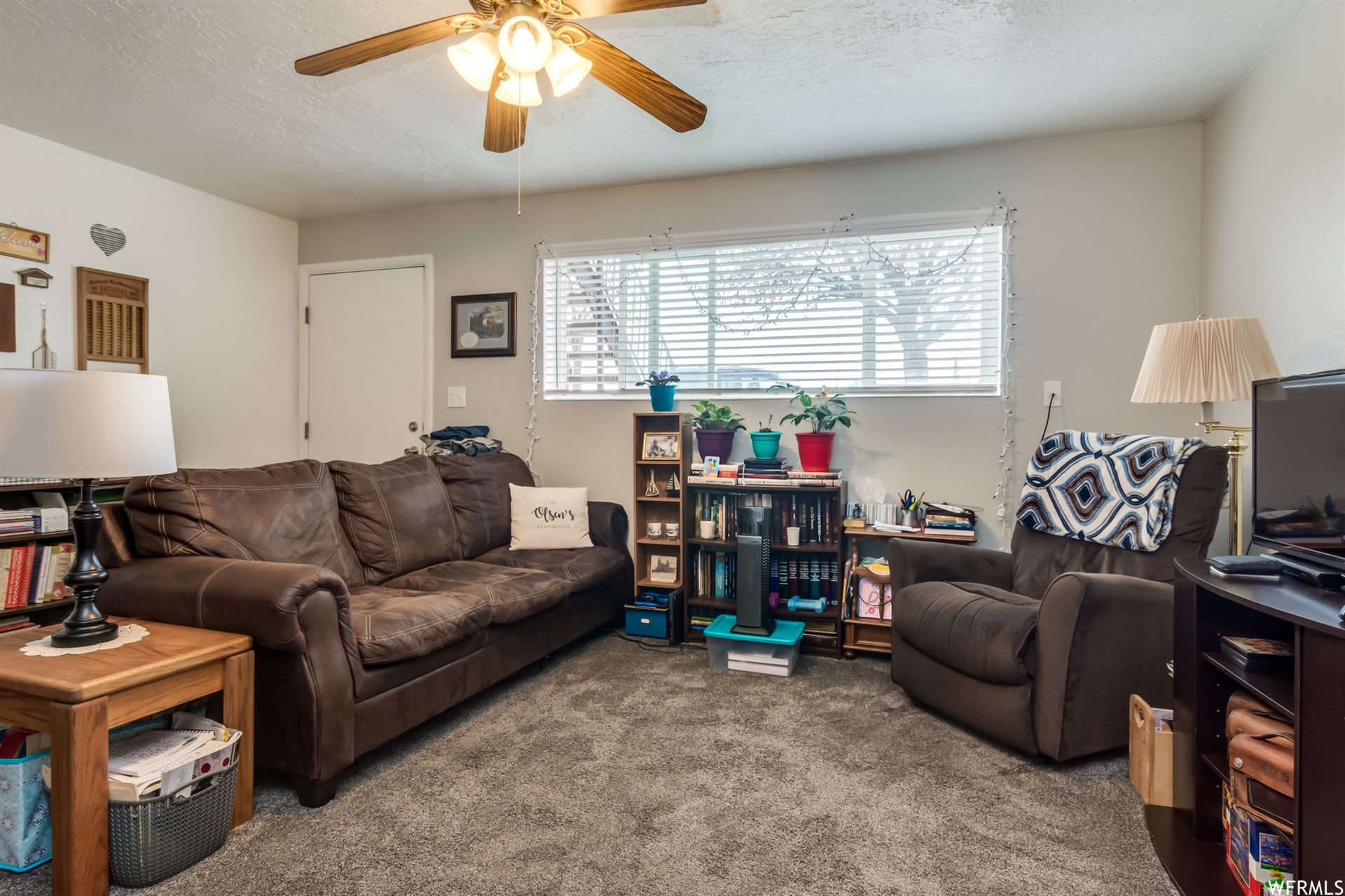 Photo of 785 S 100 E, Springville, UT 84663 (MLS # 1731178)