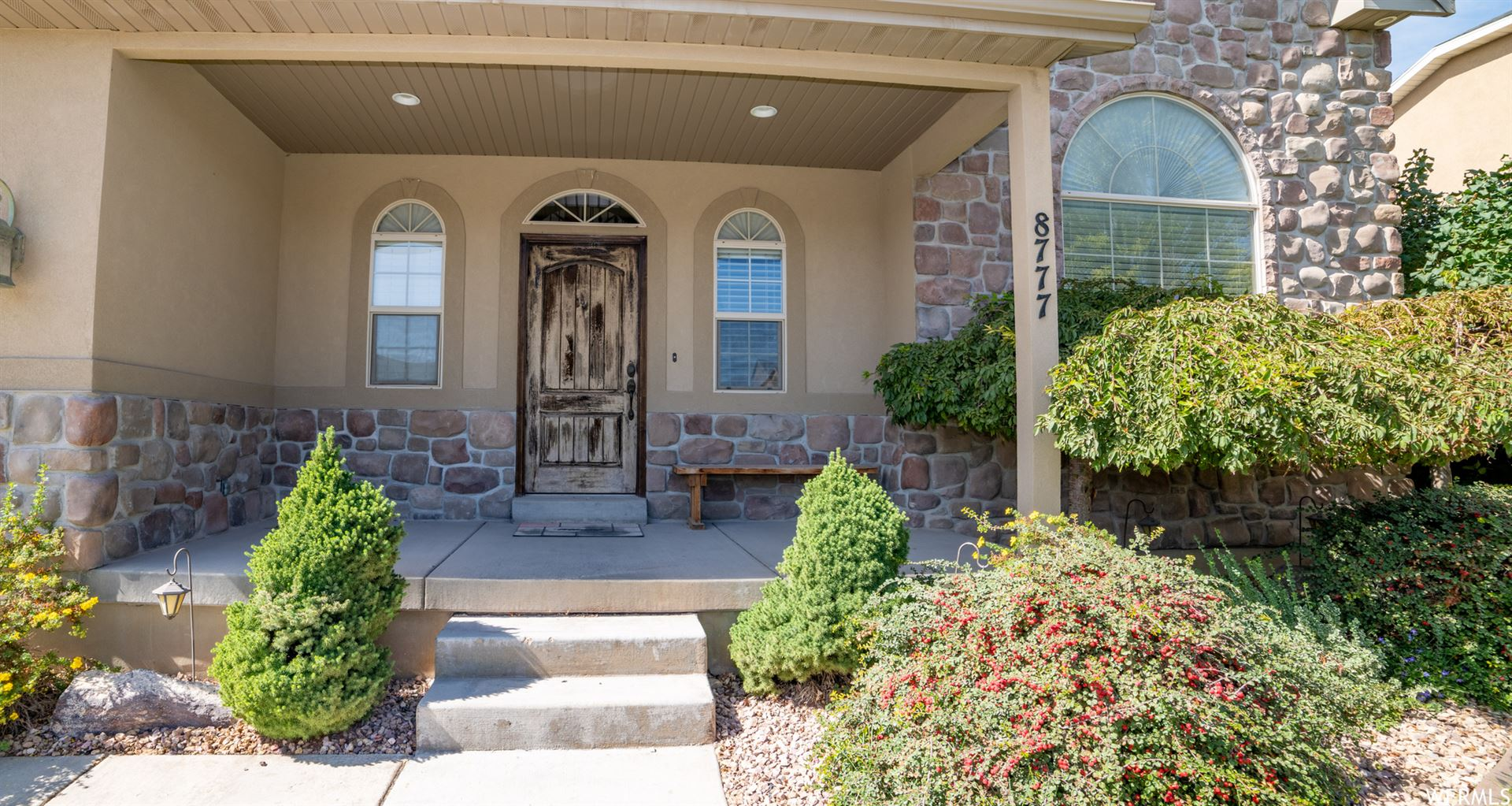 Photo of 8777 N CLUBHOUSE LN, Eagle Mountain, UT 84005 (MLS # 1704184)