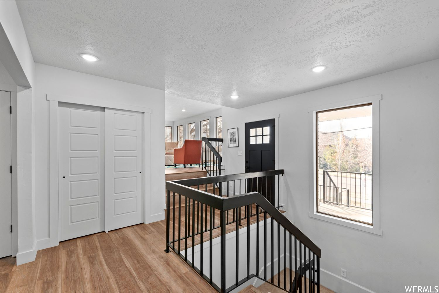 Photo of 851 LAKEVIEW DR, Bountiful, UT 84010 (MLS # 1717205)