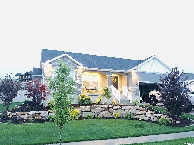 Photo of 691 W VALLEY VIEW DR, Saratoga Springs, UT 84045 (MLS # 1676206)