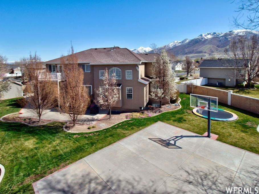 Photo of 13438 S KINGS PEAK E CV, Draper, UT 84020 (MLS # 1734210)