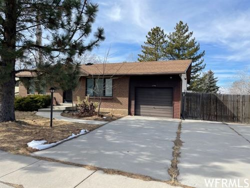 Photo of 11772 S 1000 E, Sandy, UT 84094 (MLS # 1727213)