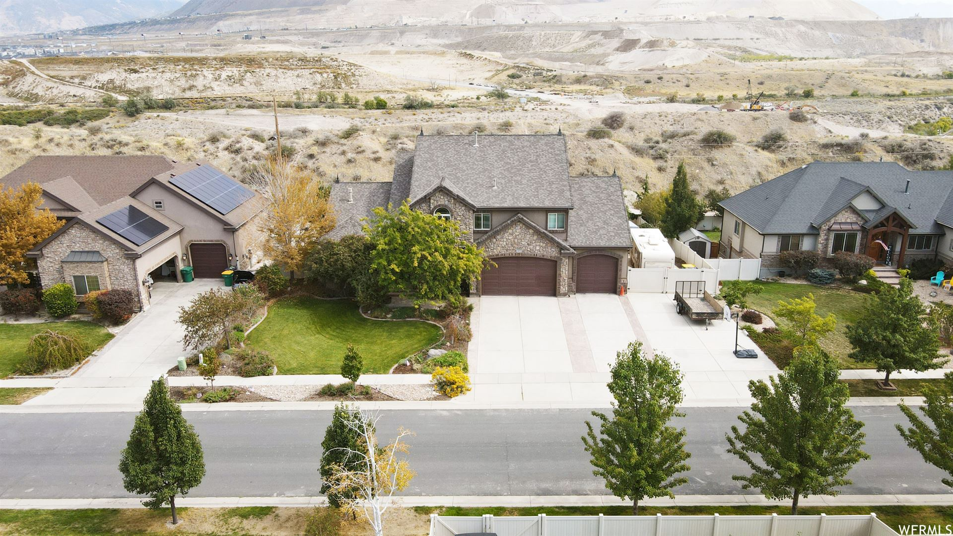 Photo of 15757 S PACKSADDLE S DR, Bluffdale, UT 84065 (MLS # 1770214)