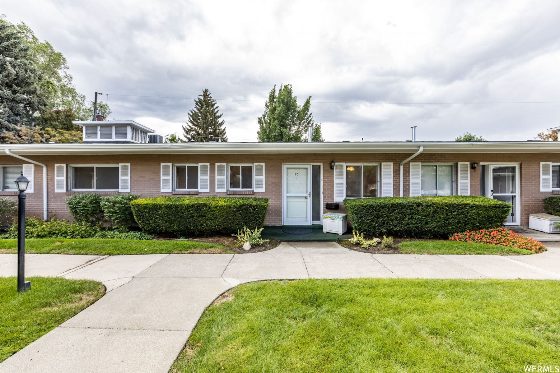 Photo of 2280 E CARRIAGE S LN #93, Holladay, UT 84117 (MLS # 1764221)