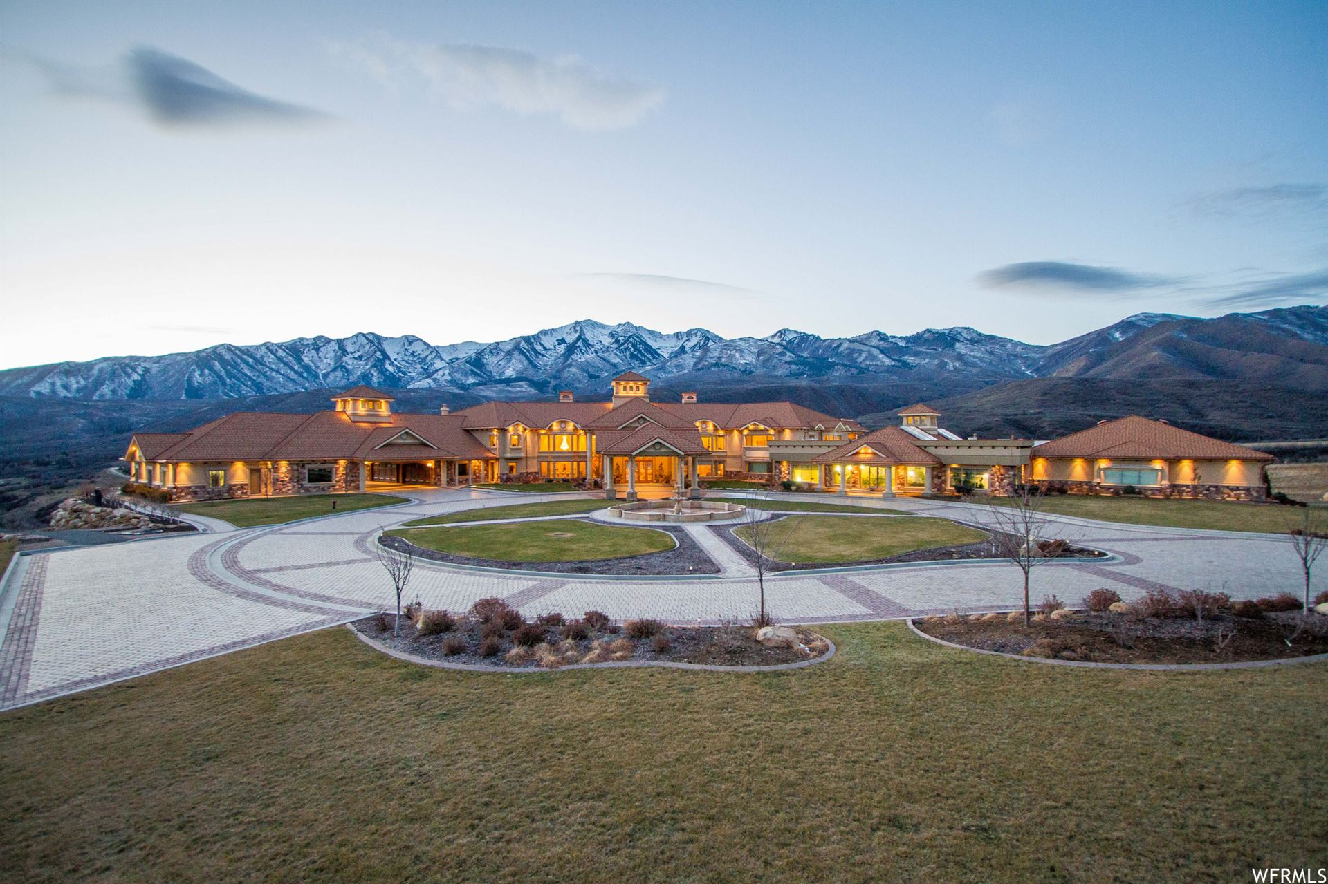 Photo of 8272 E LEFT FORK HOBBLE RD, Springville, UT 84663 (MLS # 1713222)