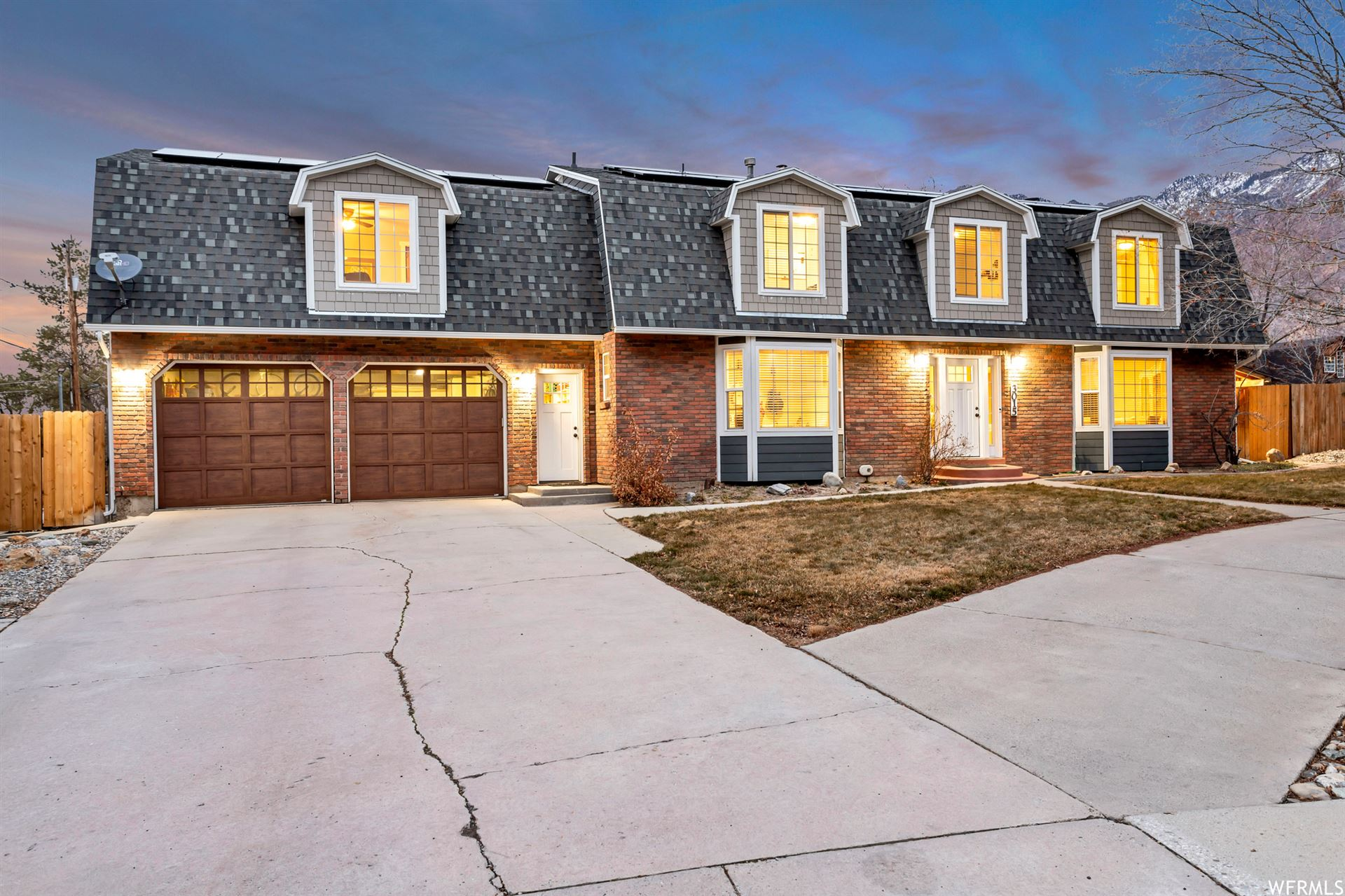 Photo of 3015 E SUNDRIFT S CIR, Cottonwood Heights, UT 84121 (MLS # 1723222)